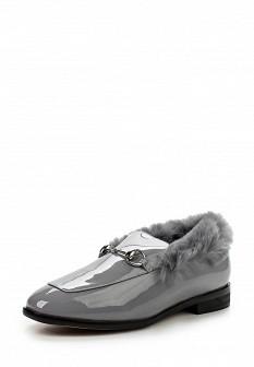 Женские серые лаковые туфли лоферы с мехом