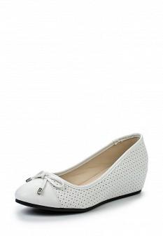 Женские белые кожаные туфли на каблуке