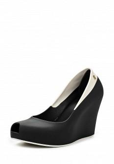 Женские черные туфли на каблуке на платформе