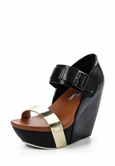 Женские кожаные лаковые босоножки на каблуке на платформе