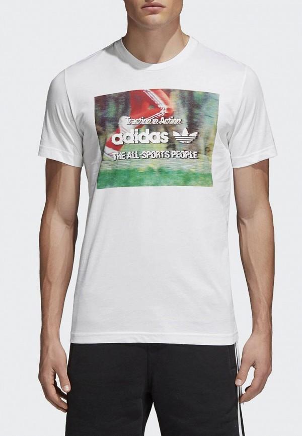Футболка adidas OriginalsФутболка adidas Originals. Цвет: белый. Сезон: Весна-лето 2018. С бесплатной доставкой и примеркой на Lamoda.<br><br>Цвет: белый<br>Коллекция: Весна-лето 2018<br>Сезонность: мульти<br>Страна-изготовитель: Турция<br>Пол: men