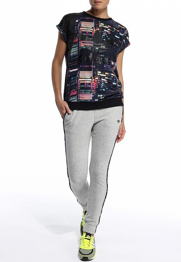 Женские спортивные брюки Adidas Originals (Адидас Ориджиналс) S19939: изображение 3