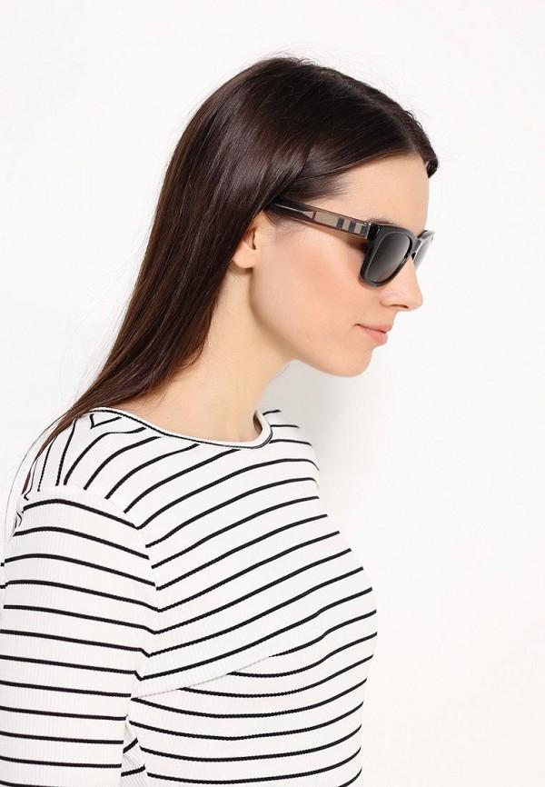 Женские солнцезащитные очки Burberry 0BE4211: изображение 6