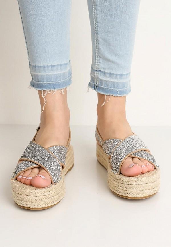 Фото 5 - женские сандали Corina серебрянного цвета
