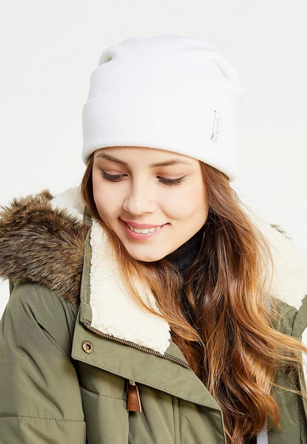 Фото 5 - мужскую шапку Ferz белого цвета