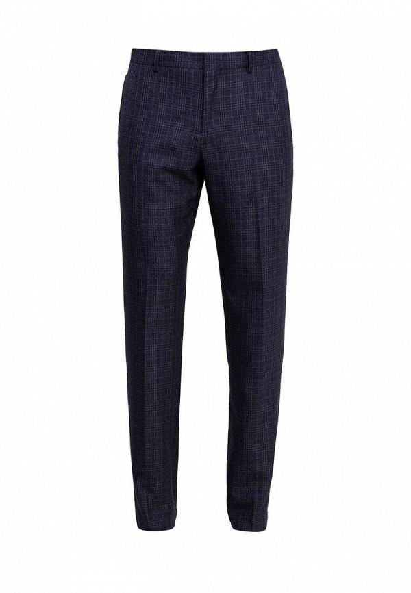 Фото - мужские брюки Mango Man синего цвета
