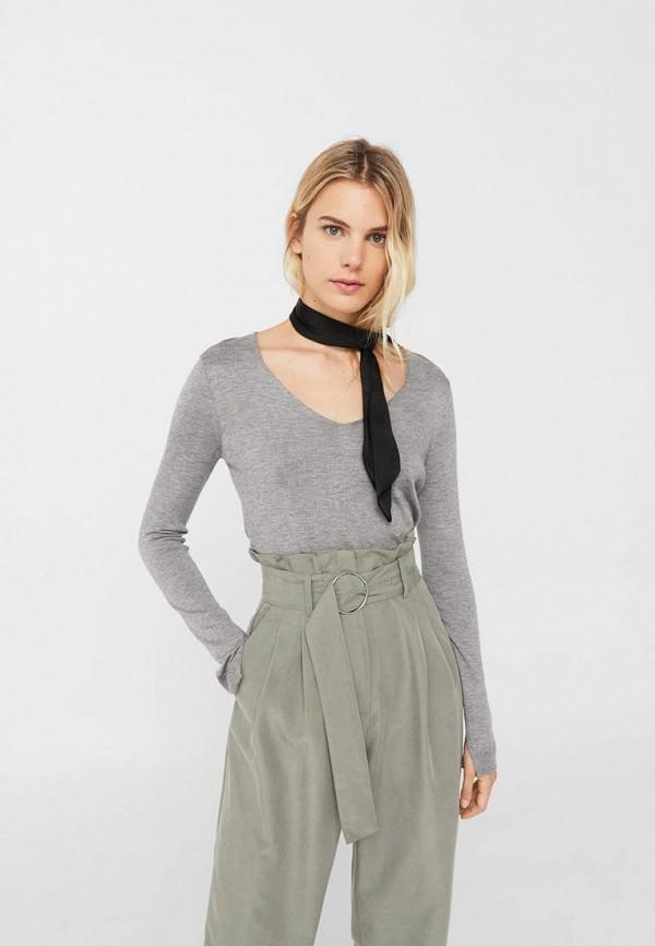 Фото - женский пуловер Mango серого цвета