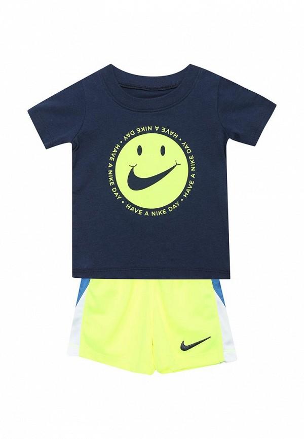 Костюм спортивный Nike Nike NI464EBAQCJ9 топ спортивный nike nike ni464ewugz12