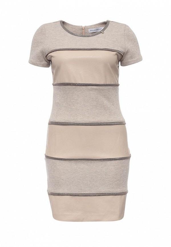 цена  Платье Rinascimento Rinascimento RI005EWQEU00  онлайн в 2017 году