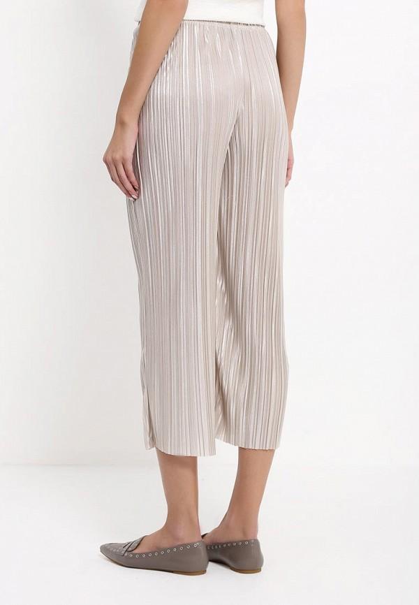 Фото 4 - женские брюки Topshop бежевого цвета