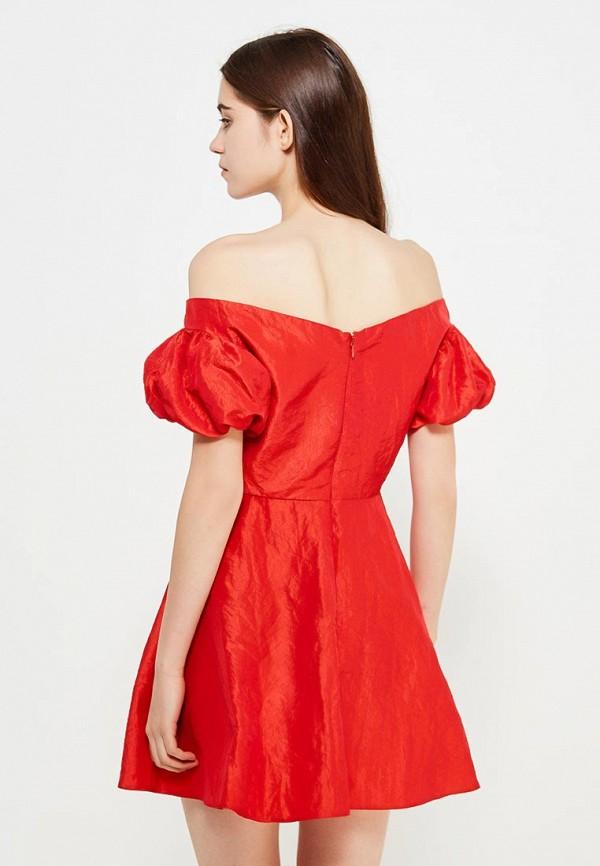 Фото 3 - женское платье Topshop красного цвета
