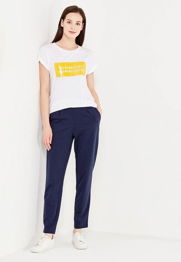 Фото 2 - женские брюки Vero Moda синего цвета