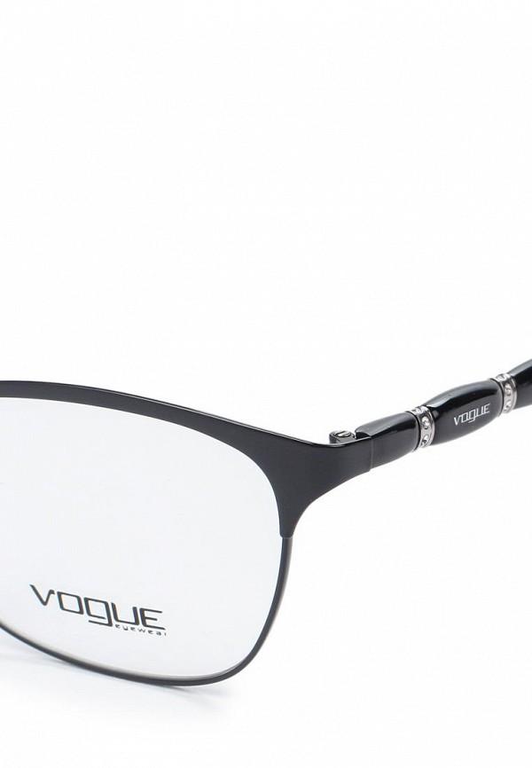 Фото 2 - Оправа Vogue® Eyewear черного цвета