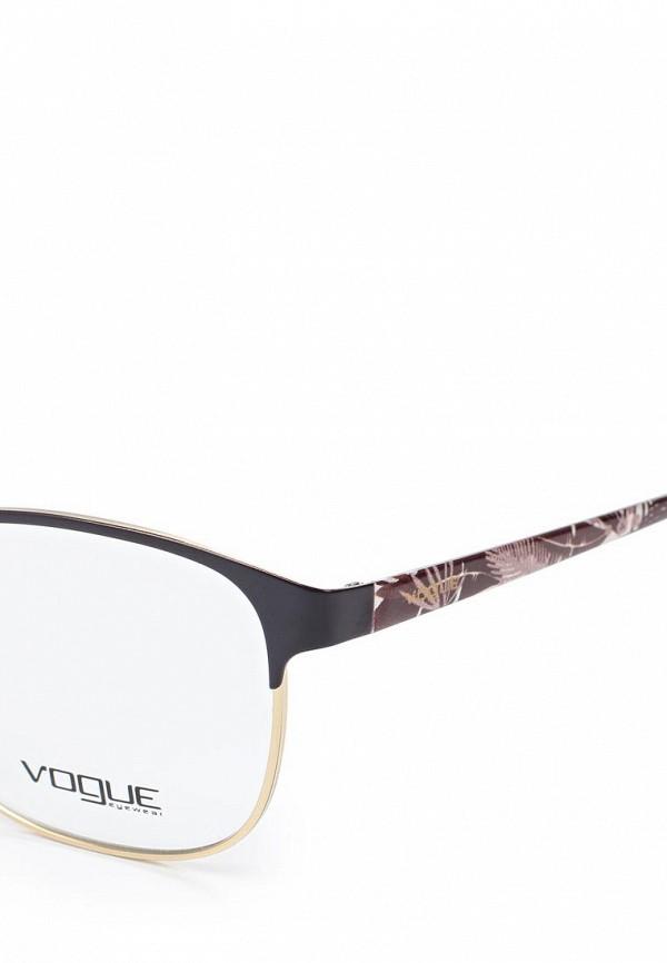 Фото 2 - Оправа Vogue® Eyewear коричневого цвета