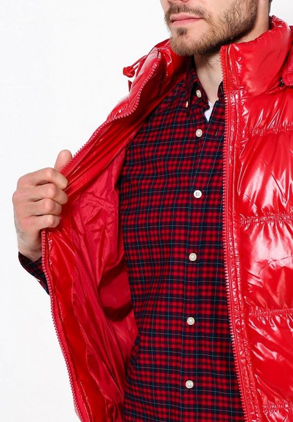 Фото 5 - Жилет утепленный Young & Rich красного цвета
