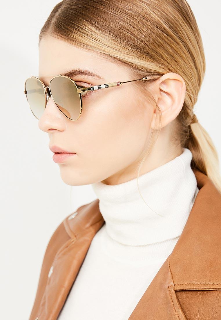 Женские солнцезащитные очки Burberry 0BE3092Q