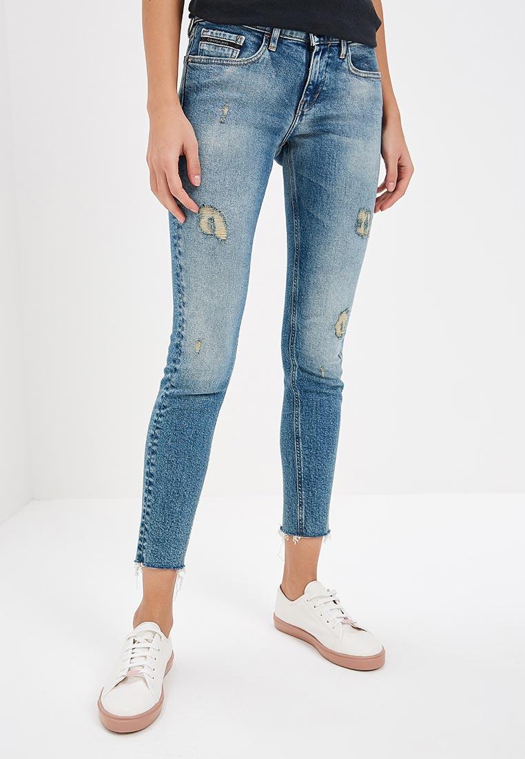 Зауженные джинсы Calvin Klein Jeans J20J207110