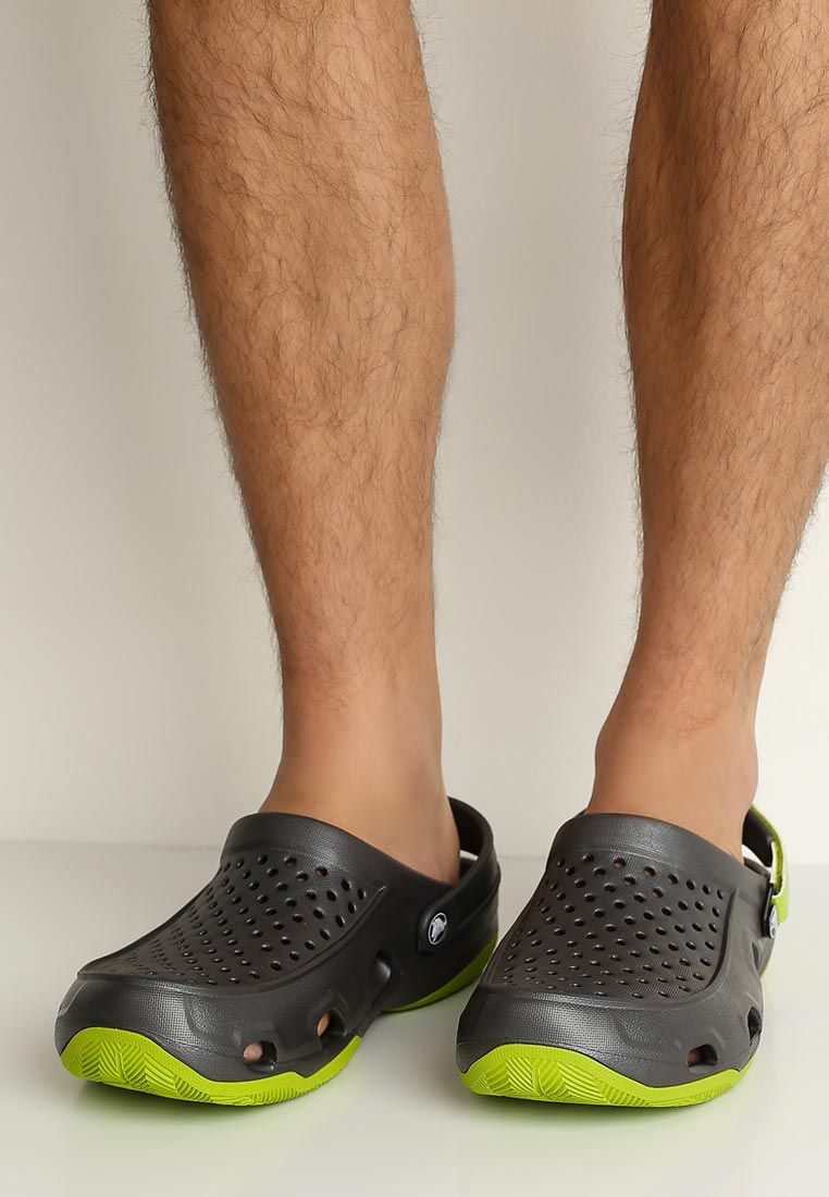 Мужские сланцы Crocs (Крокс) 203981-0A1