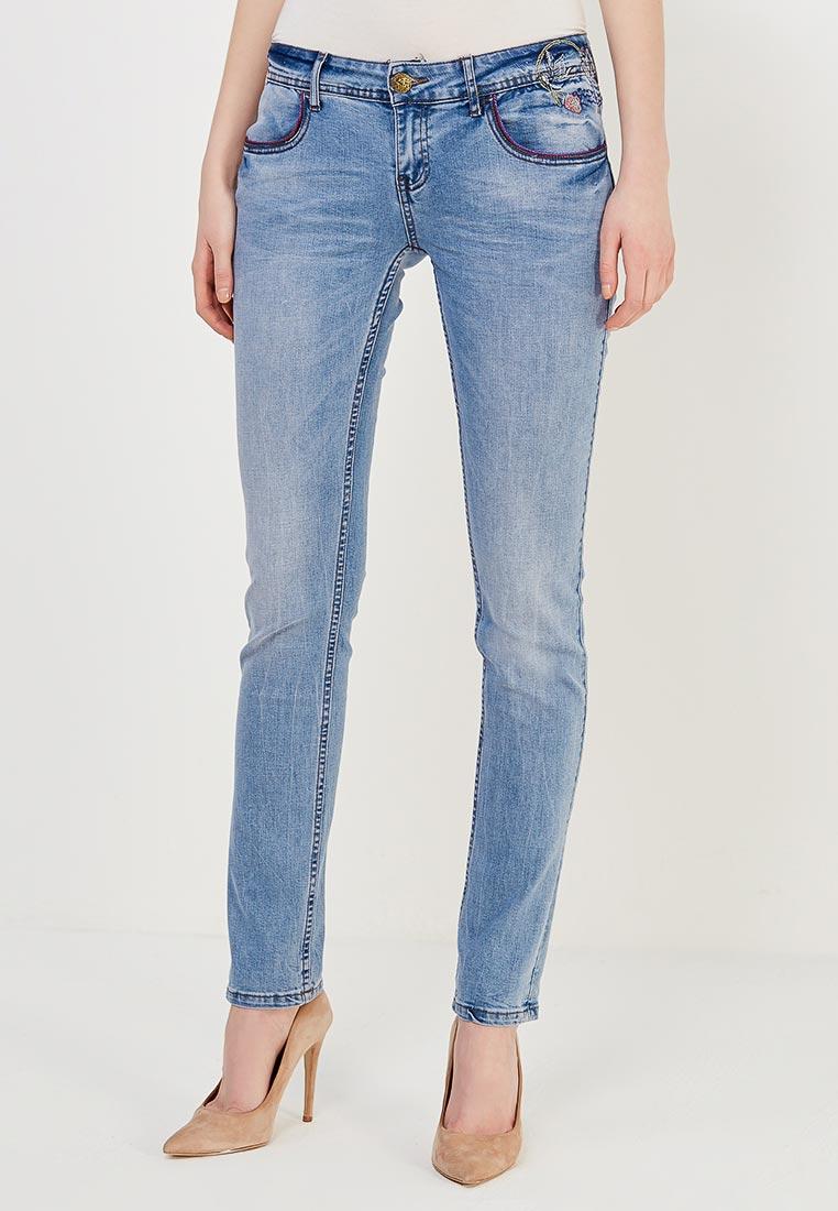 Зауженные джинсы Desigual (Дезигуаль) 18SWDD44