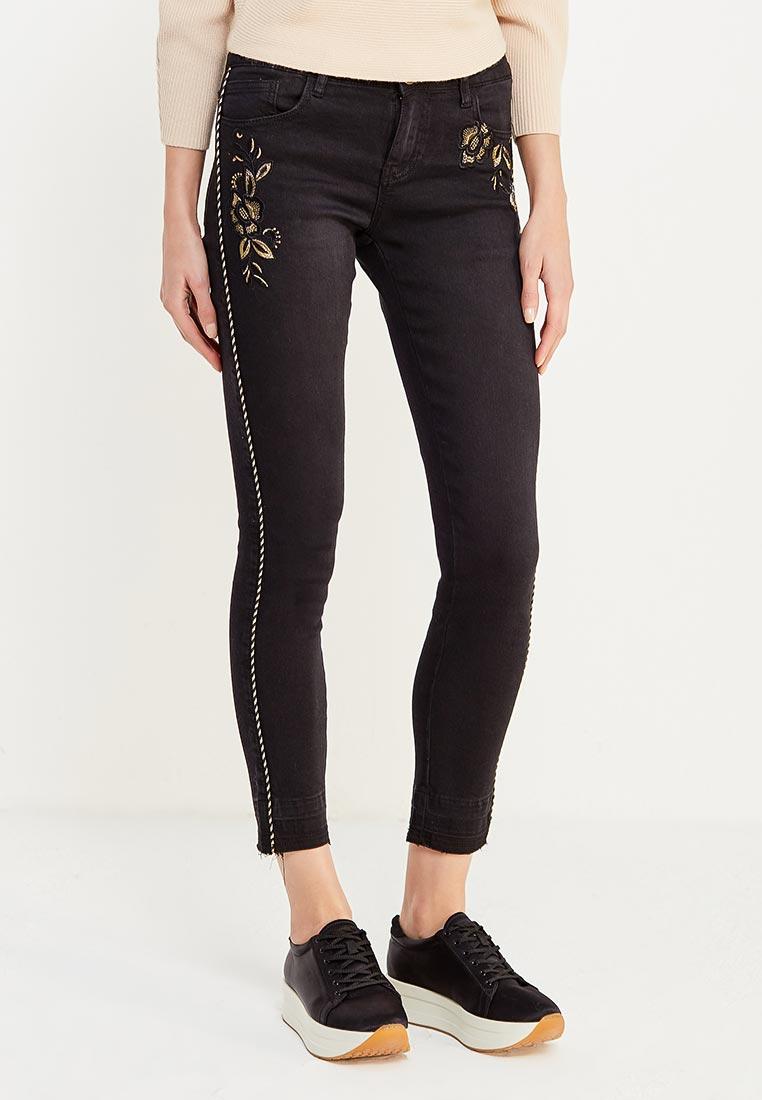 Зауженные джинсы Desigual (Дезигуаль) 17WWDD00