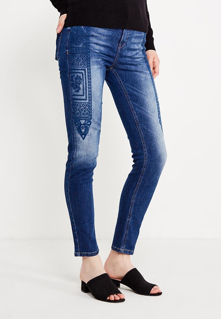 Зауженные джинсы Desigual (Дезигуаль) 17WWDD25