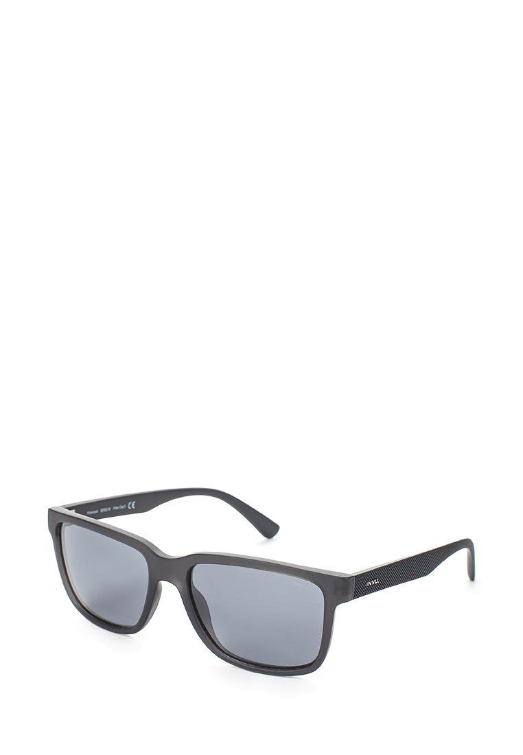 Мужские солнцезащитные очки Invu B2825B