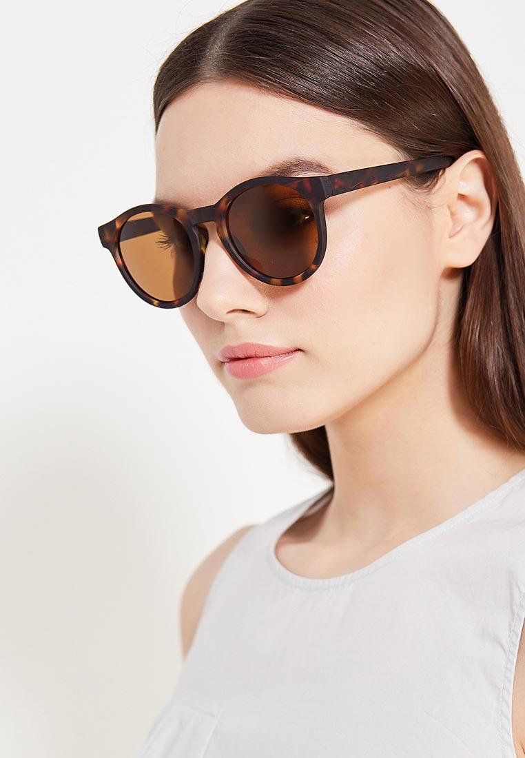 Фото солнцезащитных женских очков