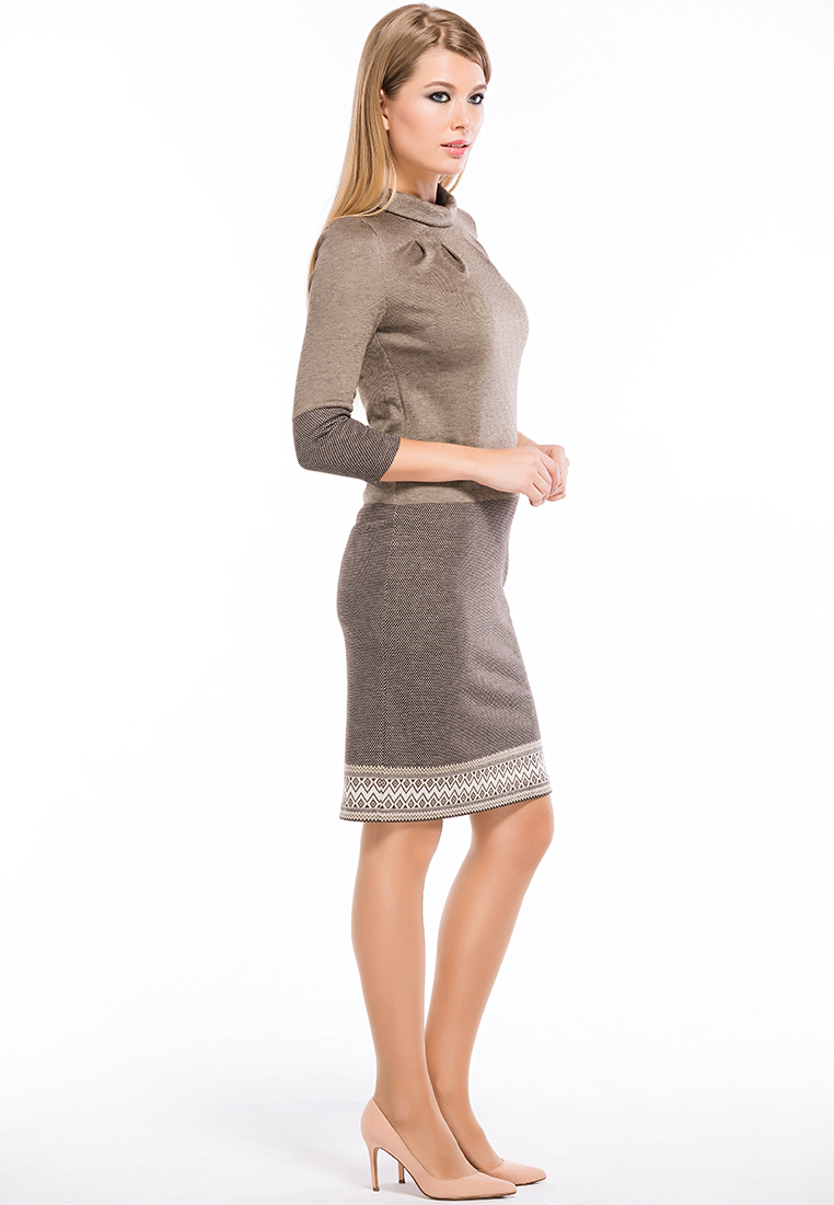 Вязаное платье Remix 7548/2 brown 42
