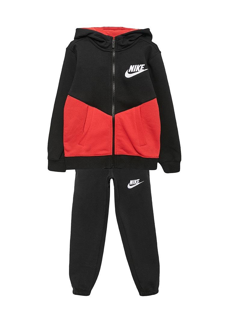 Спортивный костюм Nike (Найк) 856205-014