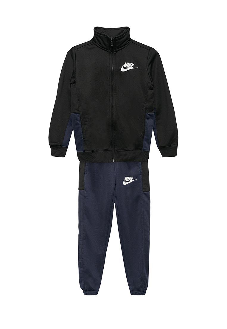Спортивный костюм Nike (Найк) 856206-010