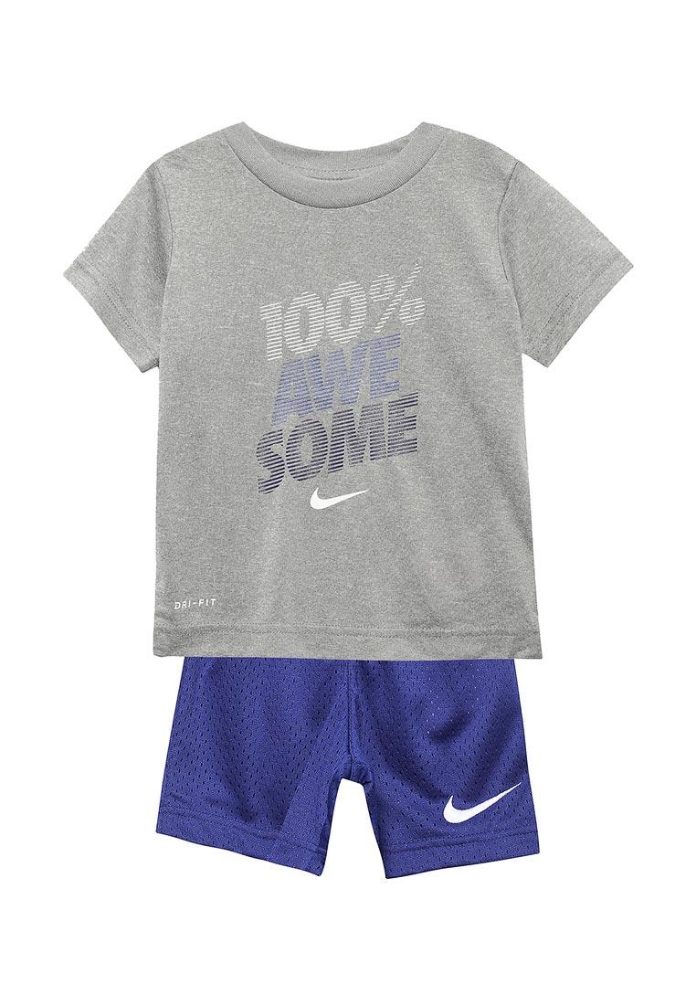 Спортивный костюм Nike (Найк) 76D014-U1A