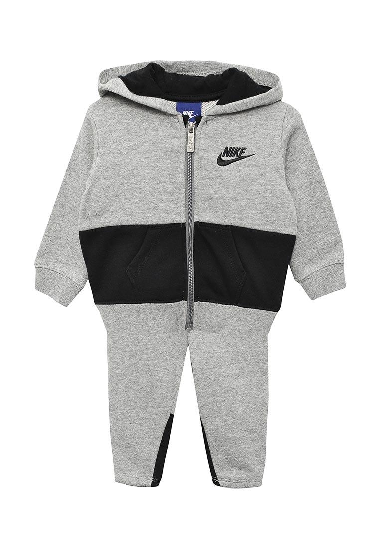 Спортивный костюм Nike (Найк) 66C001-042