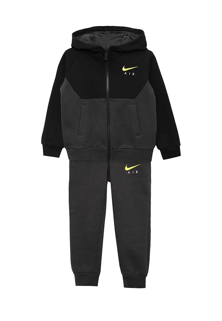 Спортивный костюм Nike (Найк) 86C002-693