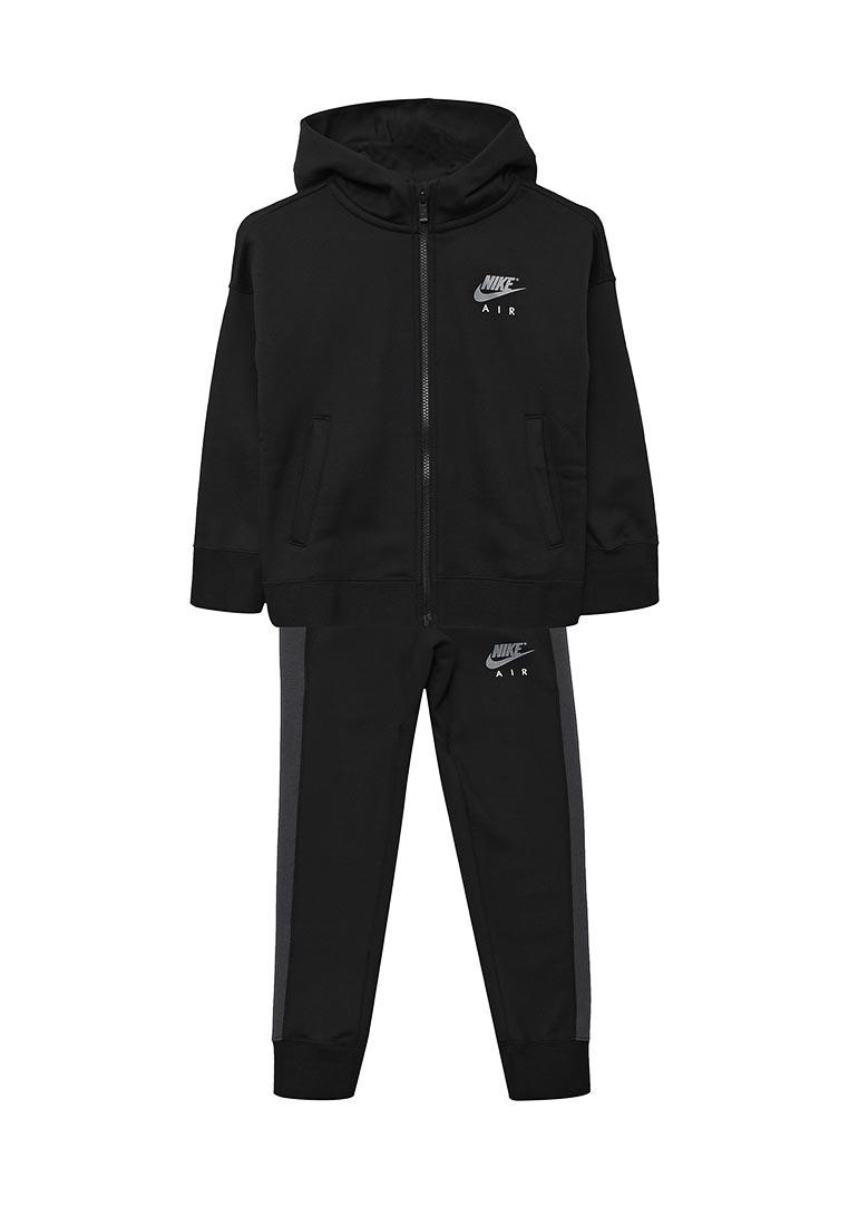 Спортивный костюм Nike (Найк) 856204-010