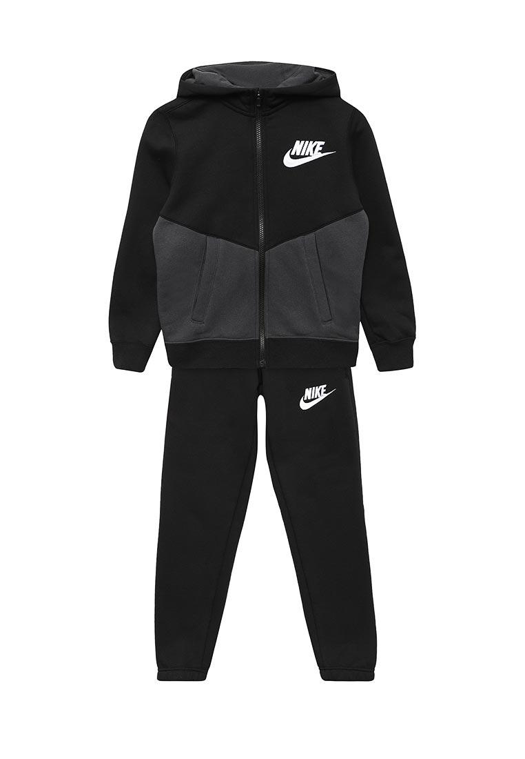 Спортивный костюм Nike (Найк) 856205-010
