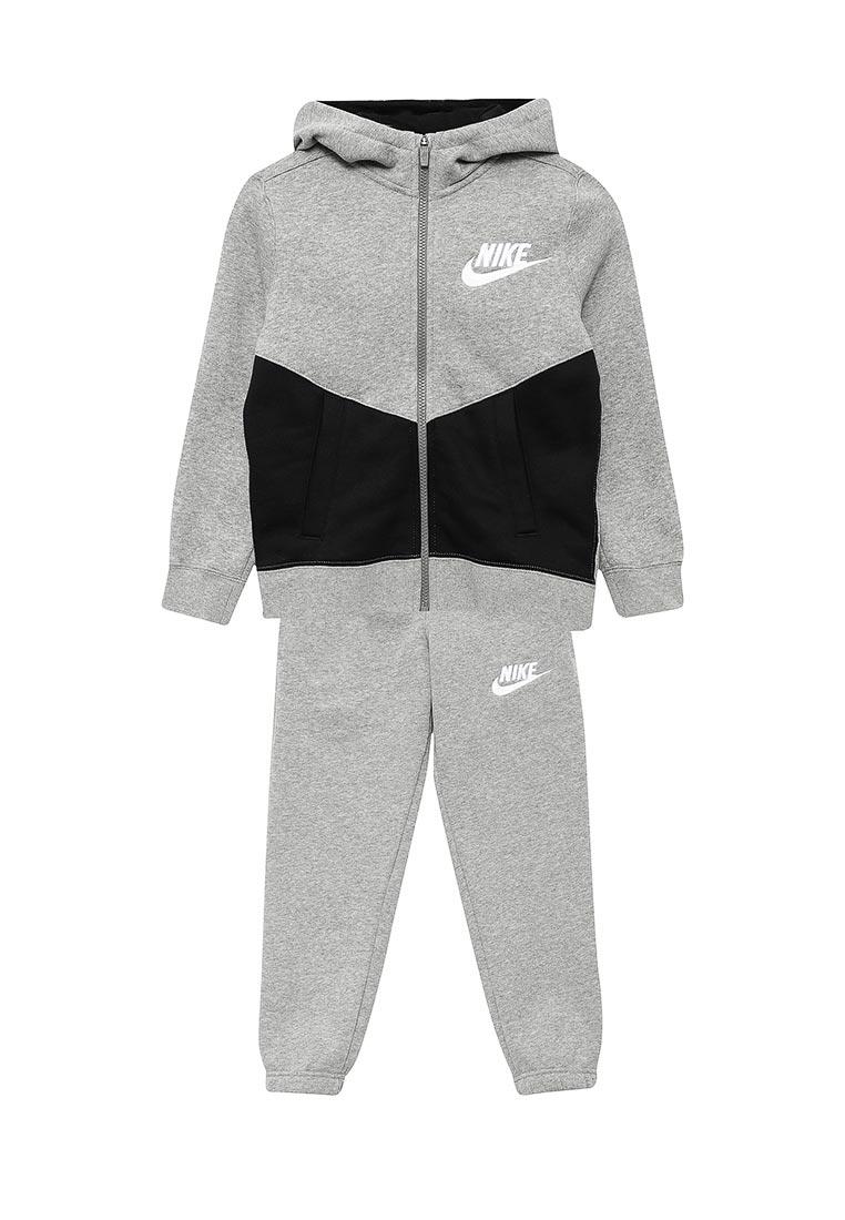 Спортивный костюм Nike (Найк) 856205-063