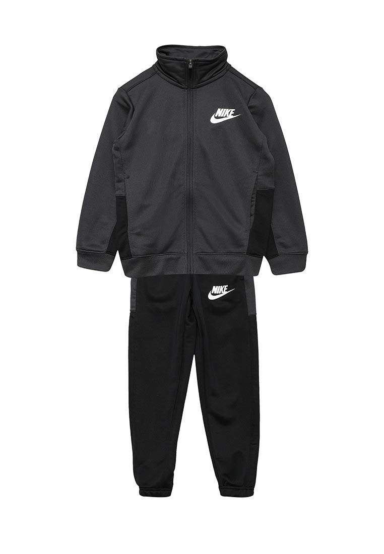 Спортивный костюм Nike (Найк) 856206-060