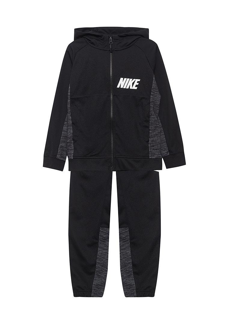 Спортивный костюм Nike (Найк) 872654-010