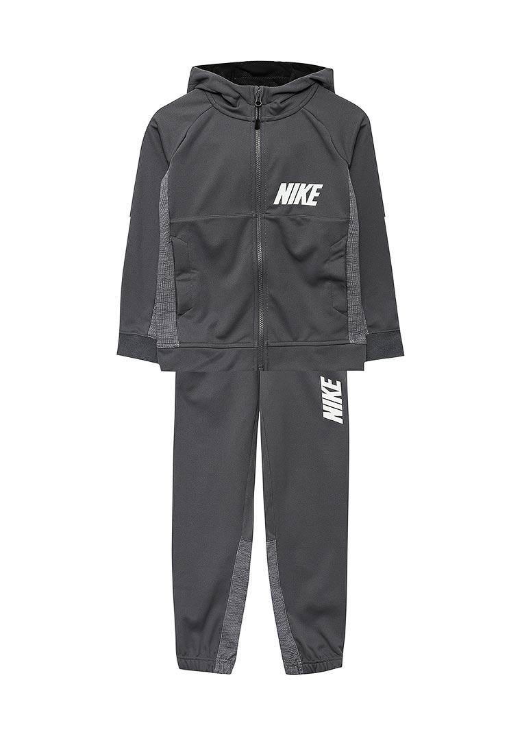 Спортивный костюм Nike (Найк) 872654-021