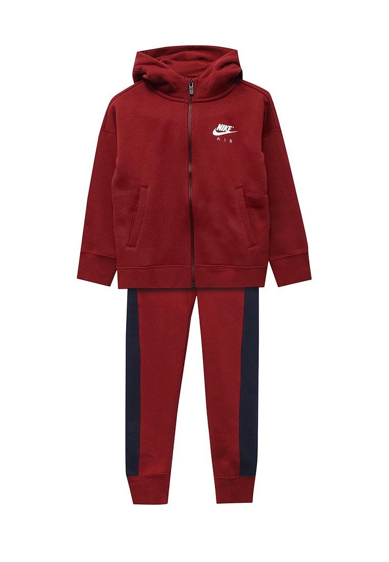Спортивный костюм Nike (Найк) 856204-677