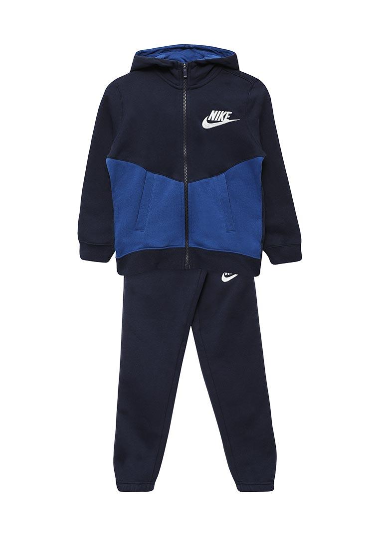Спортивный костюм Nike (Найк) 856205-452
