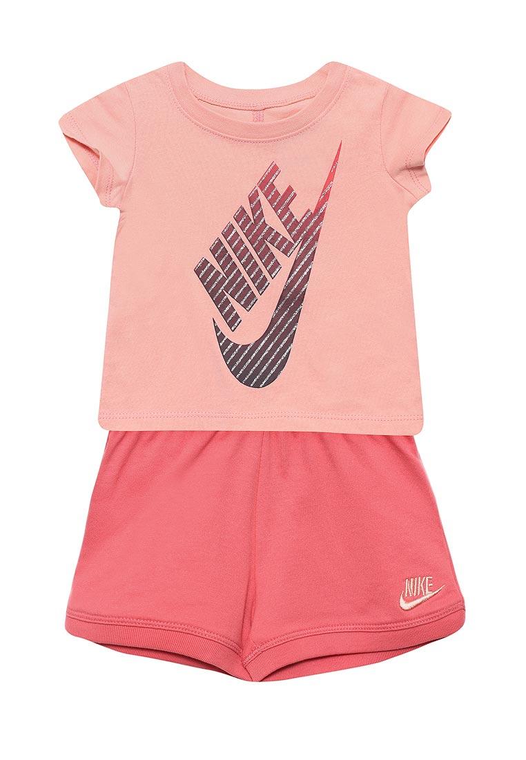 Спортивный костюм Nike (Найк) 16C870-A6C