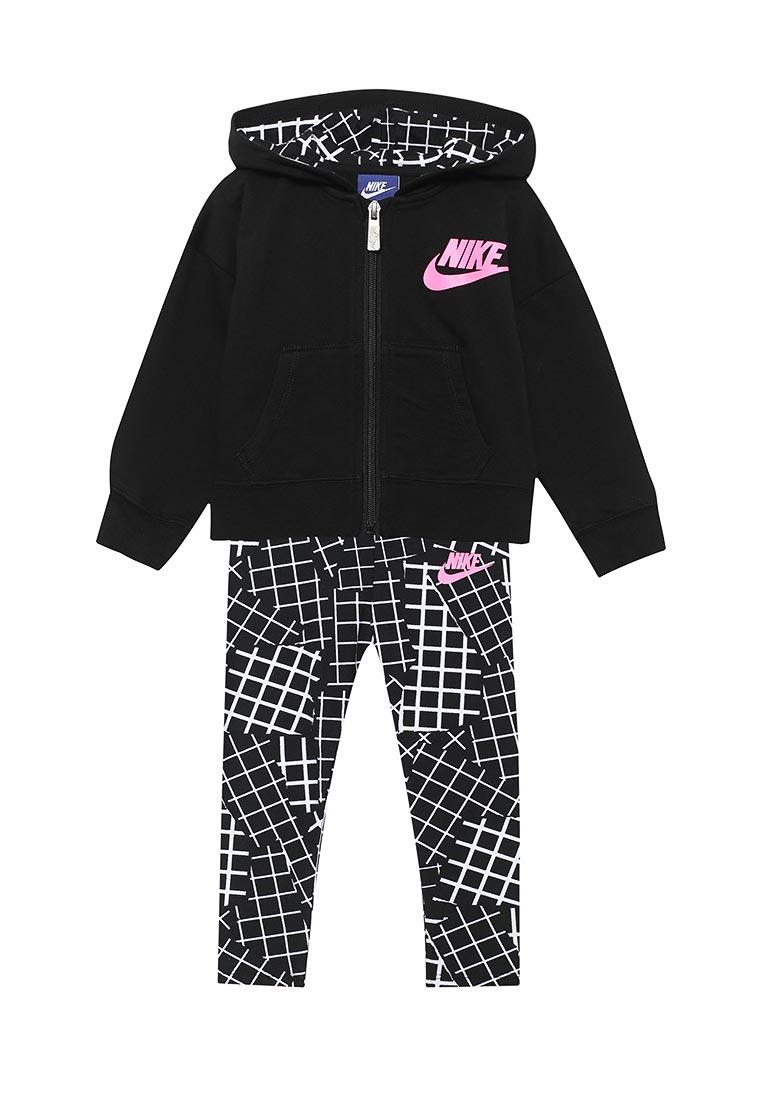 Спортивный костюм Nike (Найк) 26B923-023