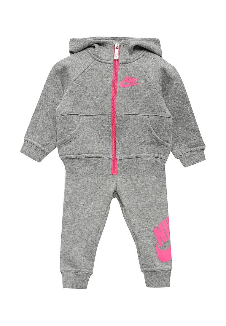 Спортивный костюм Nike (Найк) 16B174-042