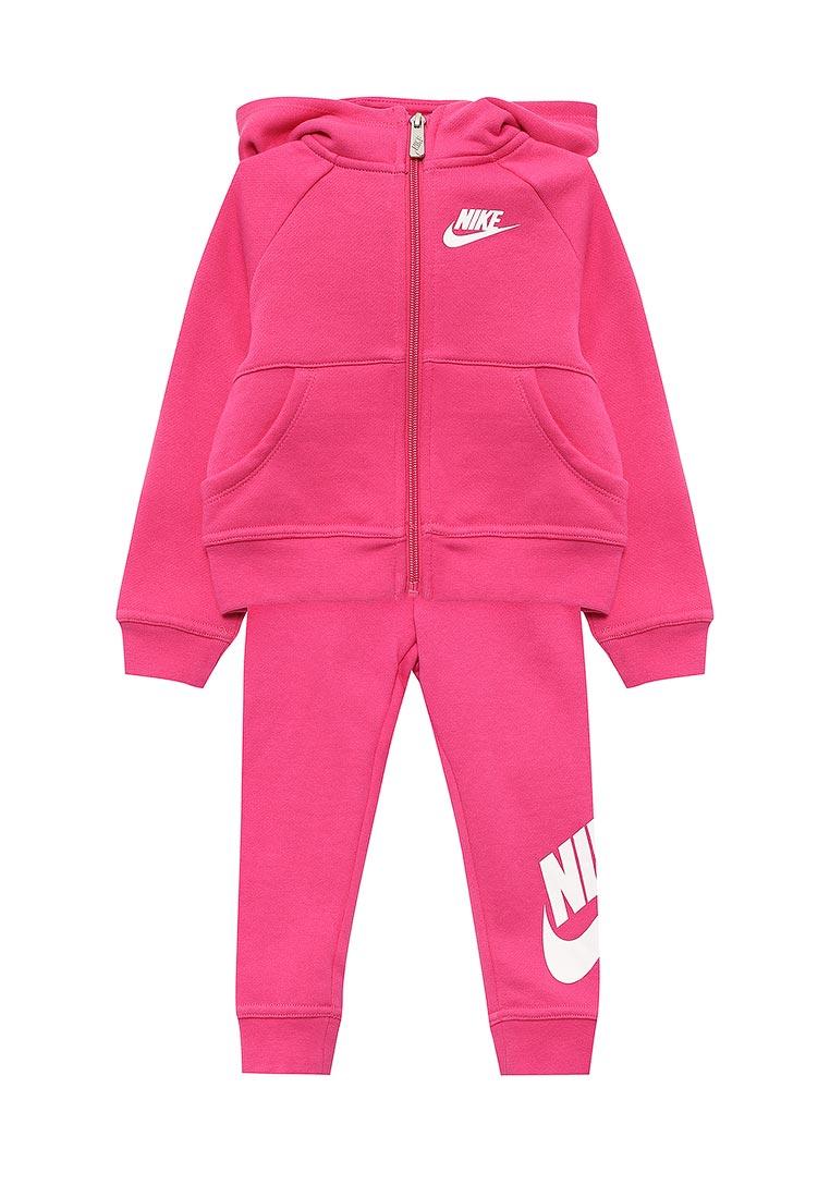 Спортивный костюм Nike (Найк) 26B174-V12