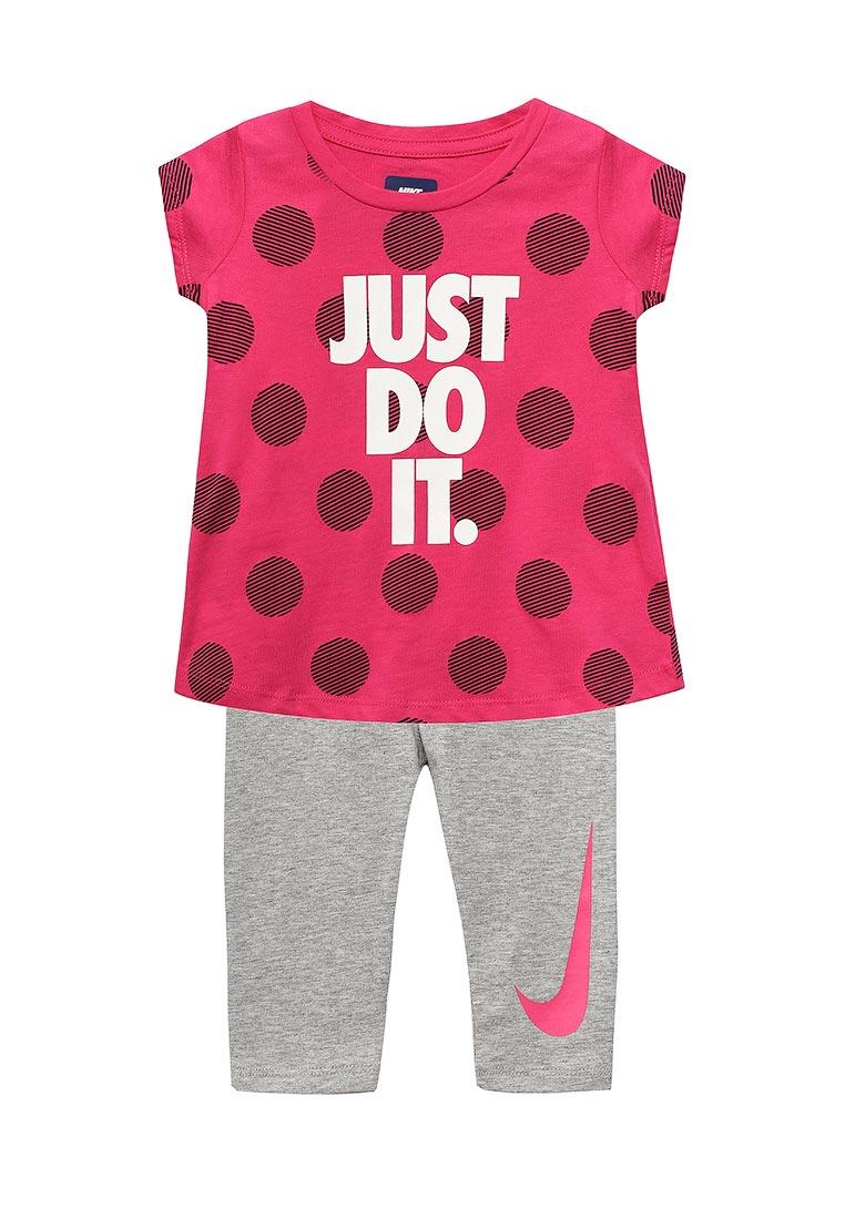Спортивный костюм Nike (Найк) 26B922-042