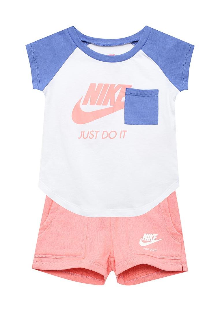 Спортивный костюм Nike (Найк) 26B919-A4E
