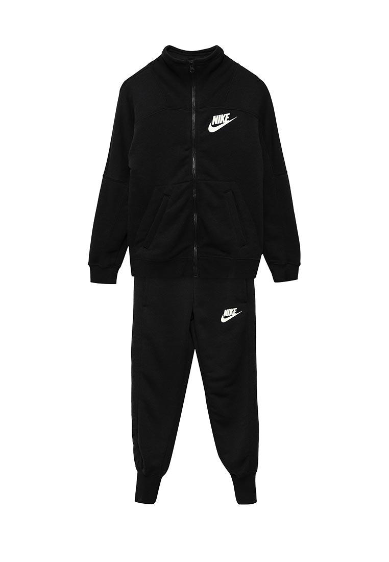 Спортивный костюм Nike (Найк) 860069-010