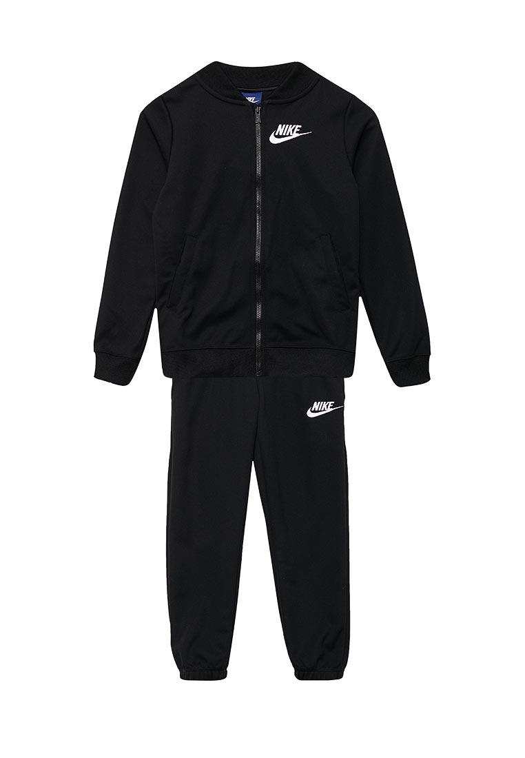 Спортивный костюм Nike (Найк) 868572-010