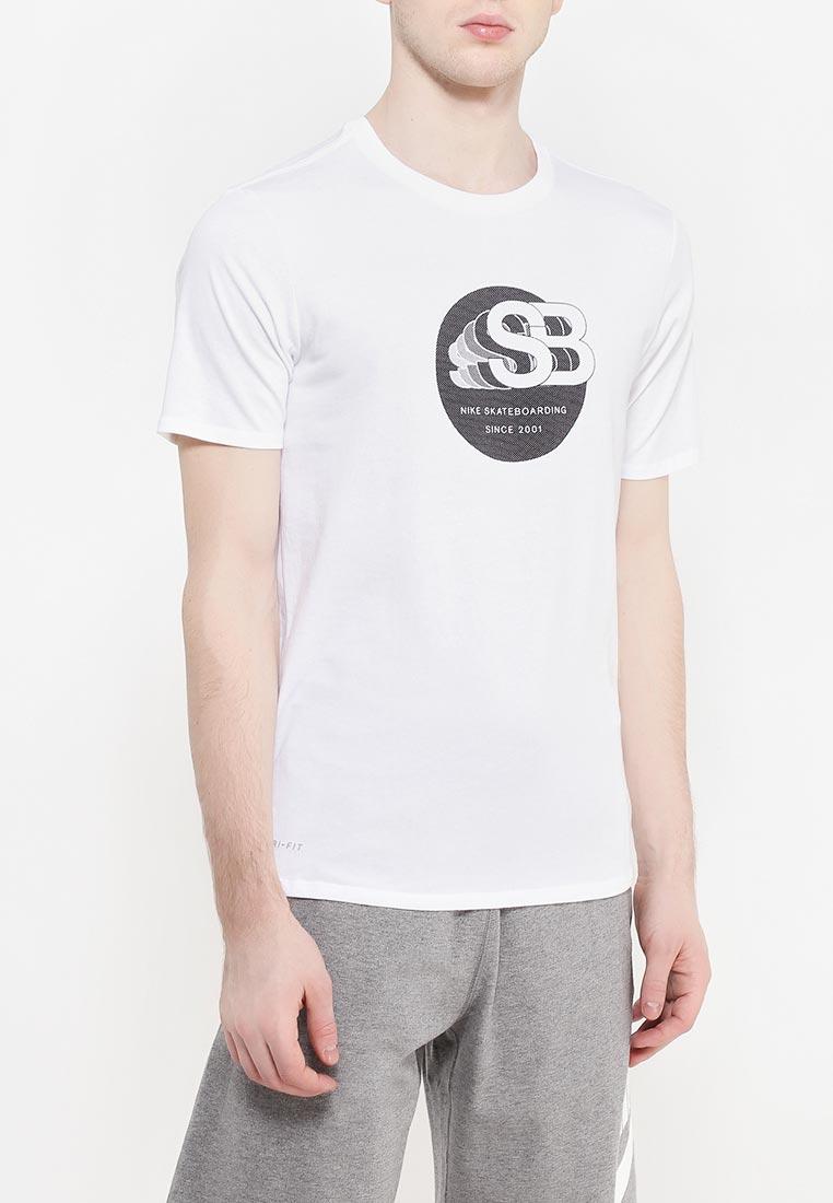 Спортивная футболка Nike (Найк) 833638-100
